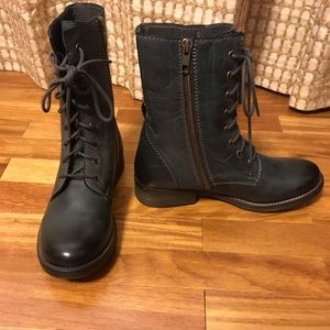 New Without Box Diba True Combat Boots Size 8
